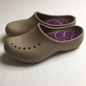 Women's taupe ,brown,tan crocks size 7